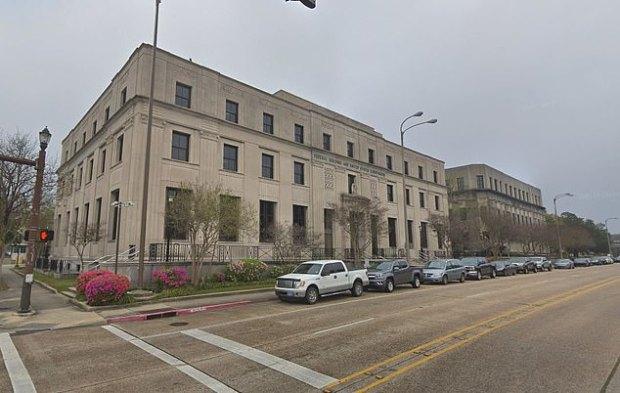 Louisiana District Court 1.jpg