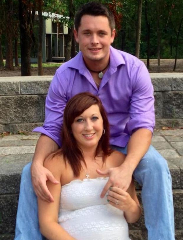 Pregnant Heidi Broussard and fiancé Shane Carey 1