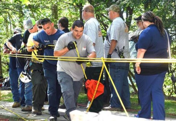 Search crews scour the area where Julie Wheeler supposedly disappeared 2