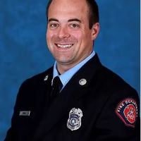 Mexican officials announce Texas firefighter found dead in hotel bathroom window, in Cancun where he and his wife were celebrating their 10th anniversary, died from  'mechanical asphyxiation', family believe Elijah Snow was killed and dumped