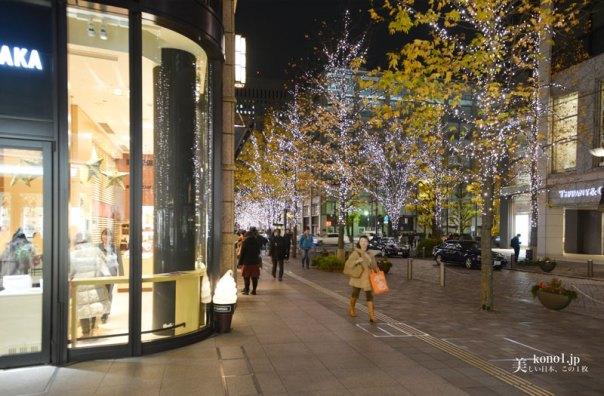東京 夜景 丸ビル クリスマスツリー シャンパンゴールド アナ雪 イルミネーション 丸の内仲通り  LED 三菱地所