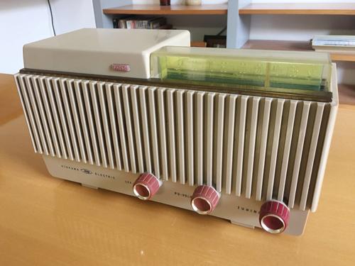 シャープ真空管ラジオ