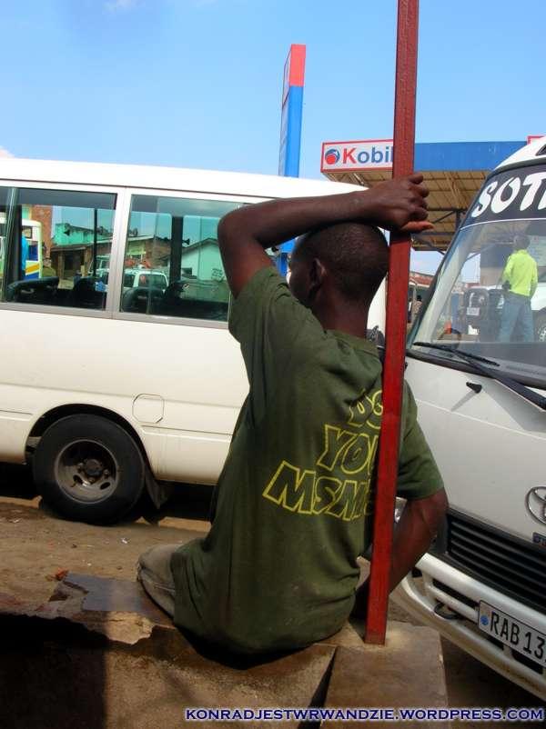 Przystanek autobusowy w Kibuye