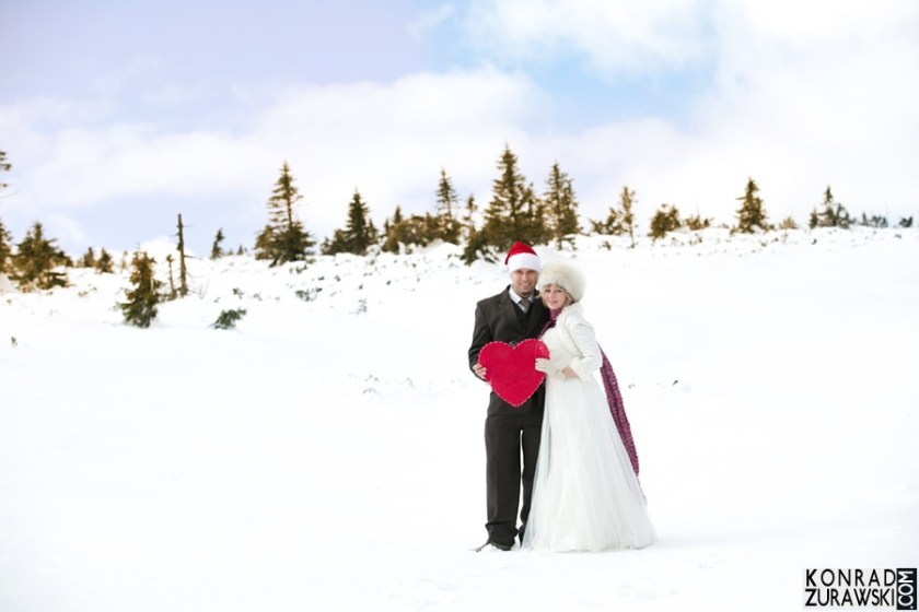 Piękna Młoda Para w zimowej scenerii | Fotograf na ślub Konrad Żurawski