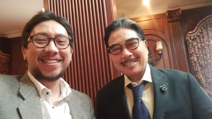 Boris Tampubolon bersama mentornya Bapak Hotma Sitompoel