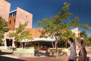 Gedung Fakultas Humanities