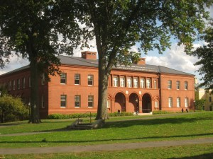 Amherst_College_buildings_-_IMG_6514
