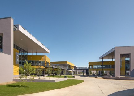 Betty_Fairfax_HS_DLR_Group-architecture-kontaktmag-11
