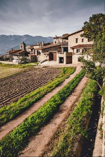 la_cerdanya_farmhouse-architecture-kontaktmag02