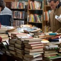 Frivillighusets gratis minibibliotek er en succes