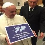 Francisco, Malvinas y los voceros del poder global