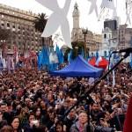 Hebe ante una multitud: «Inunden las plazas con la consigna 'Cristina conducción'». Discurso completo