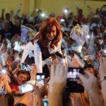 CFK: «Algunos tenían la fantasía de que el Peronismo se iba a acabar y acá estamos todos de pie!»