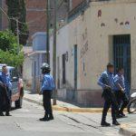 Reprimen a estudiantes secundarios en Catamarca usando el método israelí de «balas de sal», especialmente doloroso