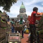 Verdurazo: Tristes imágenes de una jornada de lucha popular contra el saqueo del Gobierno a los abuelos