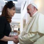 """El mensaje de Francisco a los jóvenes recomendado por Cristina Kirchner: """"No se queden callados"""""""