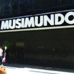 Macri lo hizo: Musimundo cerró 10 sucursales dejando a decenas de familias en la calle. En 2015 abría locales
