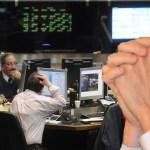 La Argentina de Macri insustentable: desplome récord de la Bolsa de más del 10%, suba del riesgo país y del dólar