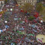 Medio millón de personas tomaron las calles contra Macri: «Una y mil marchas y paros para que caiga este modelo económico»
