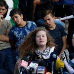 Israel prohíbe a la heroína palestina Tamimi y su familia viajar a Irán