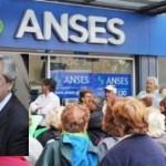 El Gobierno aclara que el aumento a los jubilados será de más del 30% en los próximos 6 meses, por encima de la fórmula de Macri