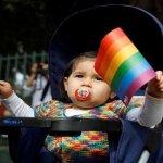 """""""Día de las Infancias"""": la retórica colonial progresista. Por Facundo Martín Quiroga"""