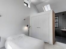 desain kamar kos sederhana