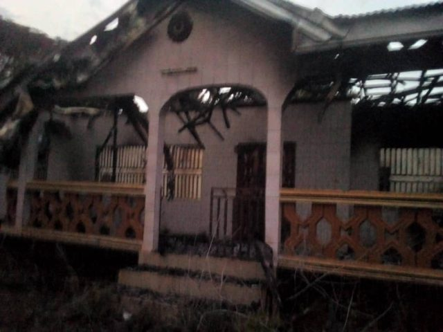 This house belonged to the principal of GHS Batibo, Mr. Tiboko. He was acused of being CPDM, and his house was burnt by Ambazonia Terrorists 21 Dec 2019.