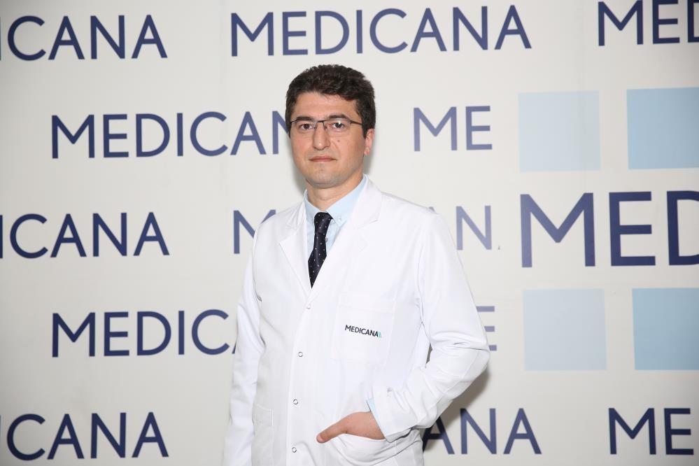 """Prof. Dr. Gönülalan: """"Prostat kanserinde koruyucu yiyecekler veya koruyucu gıdalar diye bir kavram yok"""""""