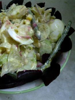 Egg Salad in Low-fat Creamy Dressing