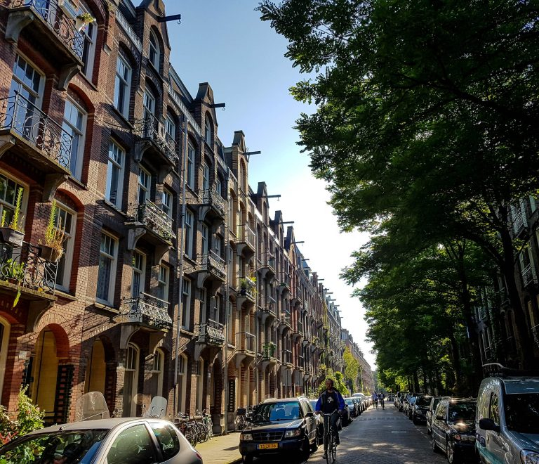 5 IMPORTANT THINGS WHEN MOVING TO NETHERLANDS & LIFE IN AMSTERDAM