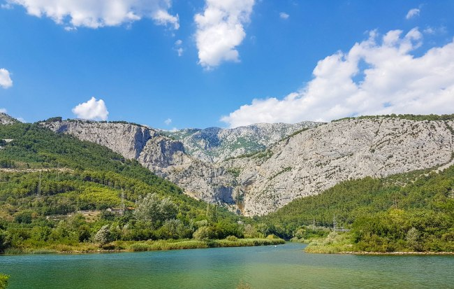Beautiful green landscape of Cetina river and mountains