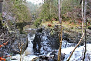 Highland Fairytale: view of a river and small stone bridge in the Hermitage