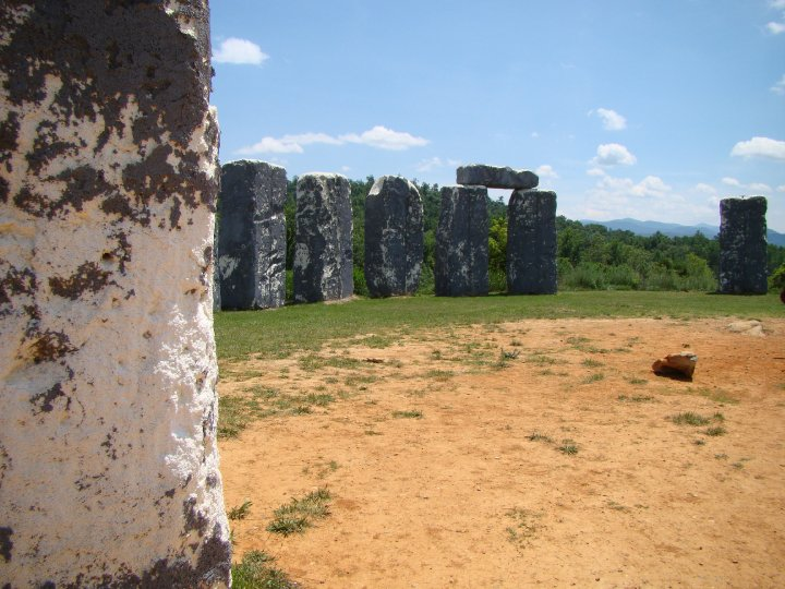 Photo of Foamhenge in the USA, a replica of Stonehenge.