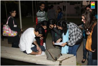 Fawad Khan Meets The Fans of Zindagi Gulzar Hai (17)