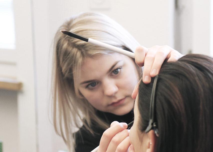 Kopfstand Hairstyling Amp Make Up In Sympathischer