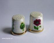 Naparstek porcelanowy : luster. złota lamówka, malunek ręczny naszkliwny