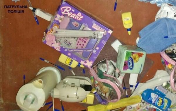 В Киеве ограбили детский сад: вынесли мыло и игрушки ...