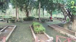 Taman Bahalap di Kota Marabahan.