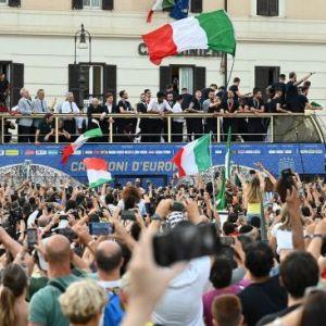 Usai Berpesta Sambut Piala Eropa, Corona di Italia Meningkat