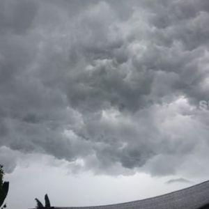 BMKG Beri Peringatan Dini Potensi Hujan Lebat dan Resiko Banjir di Wilayah Indonesia