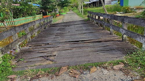 Jembatan Budi Berkat 5 Kota Marabahan, Batola. (foto: faqih)