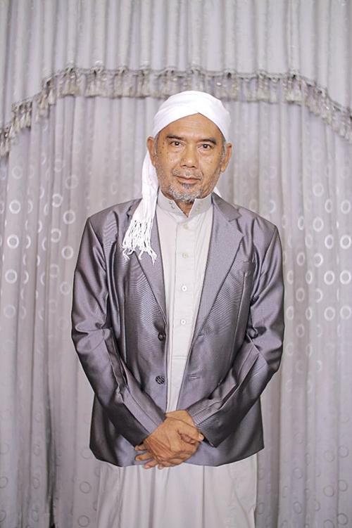 KH.M Nawawi.