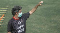 Pelatih kepala Bali United, Stefano Cugurra Teco. [Laman resmi Bali United]