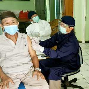 Vaksinasi Sasar Warga Pesisir di Kalsel