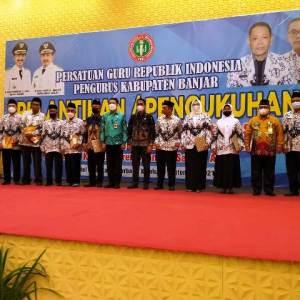 Kepengurusan PGRI Kabupaten Banjar Resmi Dilantik