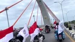 Kelompok Moge konvoi melintasi jembatan Alalak II dengan bebas hambatan di Kota Banjarmasin, Kalsel. (foto: istimewa)