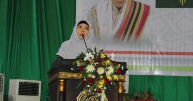 Wagub NTB Berharap Lulus Hamzanwadi Sukses di Dunia Kerja