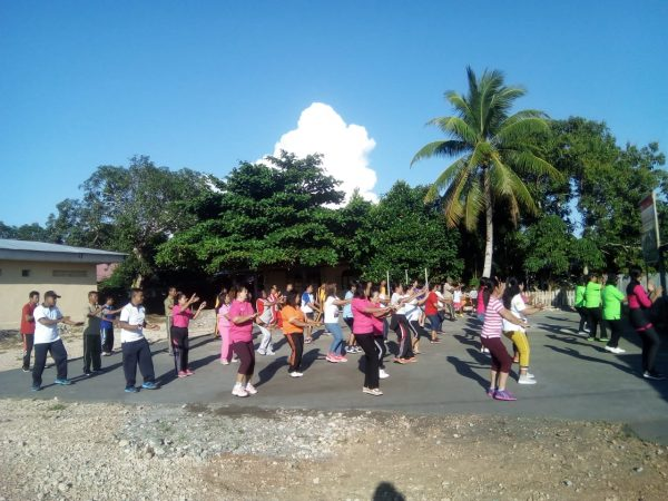 Sambut HUT TNI ke 74, Kecamatan Beo Gelar Jalan Santai & Senam Bersama