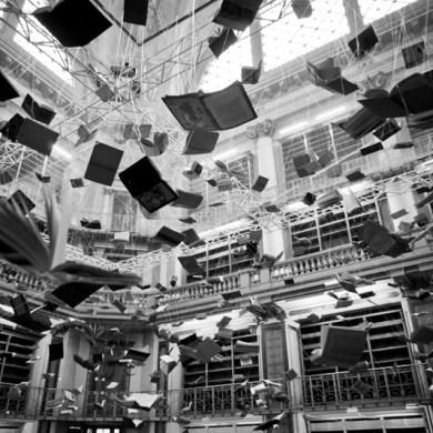 christian-boltansky-flying-books
